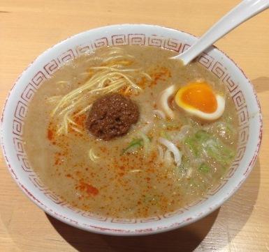 Ramen, il delizioso piatto simbolo di Fukuoka (Il Giappone e il cibo 1)