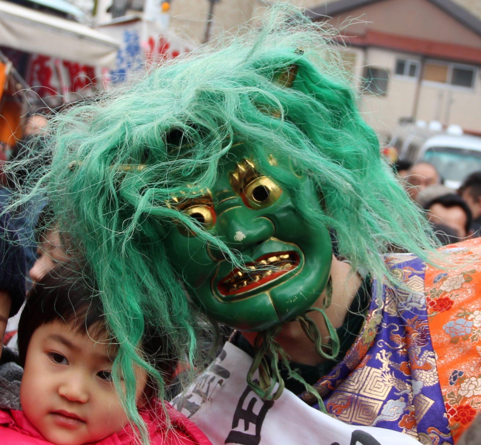 """Setsubun di Fukuoka """"dentro la fortuna, fuori i demoni!"""""""