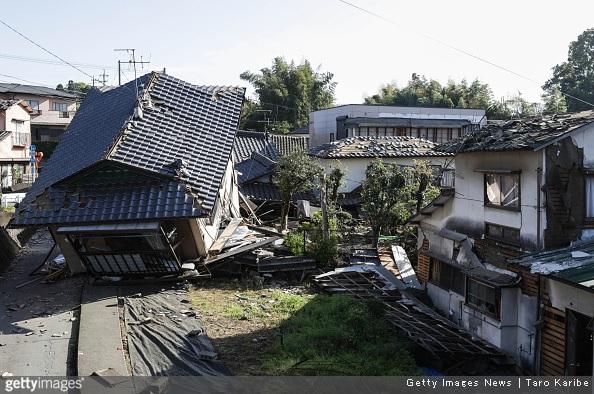 Il Kyushu devastato da una serie di terremoti