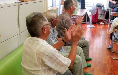Giappone: esercizio fisico e musica aiutano a combattere la demenza