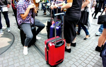 L'Agenzia del Turismo del Giappone sprona i giapponesi a recarsi all'estero per turismo