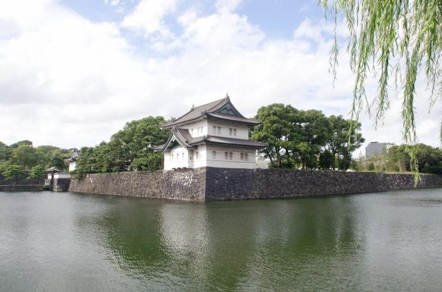 Nozze posticipate tra la principessa Mako e Kei Kimuro