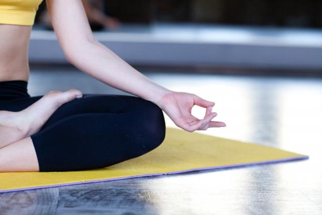 In Giappone prende piede la moda di fare yoga all'aria aperta